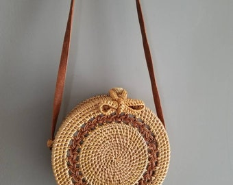 Round cross body bag with Hollowed out Design / Handmade Rattan Bag / Beach round rattan purse / Boho chic Straw Style / bow bag