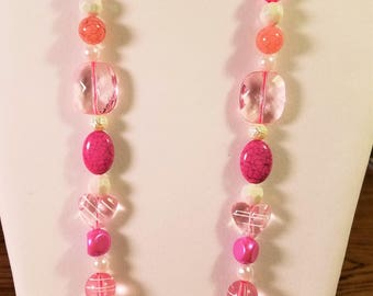 Sweetheart Blush Pink & White Necklace
