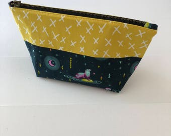 Zippered Pouch - Otters