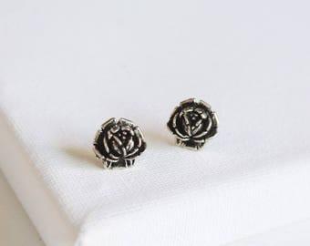 SALE . antiqued rose stud earrings . gold rose earrings . simple rosebud earrings . antiqued gold flower studs . flower stud earrings /2ROSE