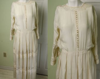 Antique Edwardian Woman's Silk and Lace Day Tea Dress
