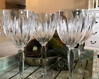 Cristal D'Arques Durand set of 4 Wine Glass Classic Pattern Cut Lines Wedding TYCAALAK