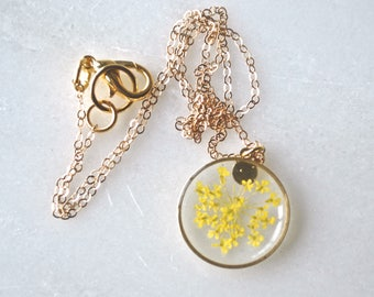 Yellow Queen Annes Lace Necklace Pressed Flower Jewelry Botanical Jewelry Bridal Jewelry 14k gold fill