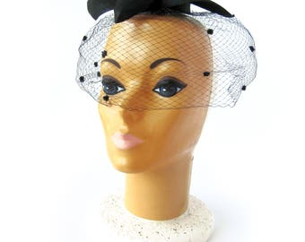 Vintage 1950s Women's Black Ring Hat with Polka Dot Netting Veil / Birdcage Netting / Cocktail Hat / Hat Pin / Pin Up Style / Rockabilly