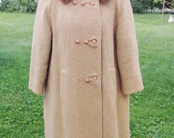 1960s Vintage Beige Wool Coat with Mink Collar Medium Large