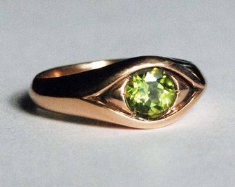Large Rose Gold Jeweled Peridot Eye Ring-August Birthday