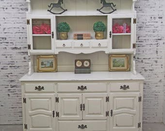 China Cabinet / Buffet with Hutch, Distressed White Cottage Style- CB601 Shabby Farmhouse Chic