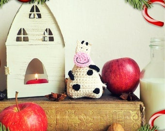Cow Ornament - Cow Gift - Christmas Ornament - Kids Ornament - Crochet Ornament - Animal Ornament - Everyday Gift - Gift for Kids