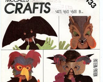 Vintage Mccalls 2133 Felt Animal Masks UNCUT Sewing Pattern for Woodpecker, Bat, Parrot, Fox, and Butterfly for Halloween Mardi Gras Costume