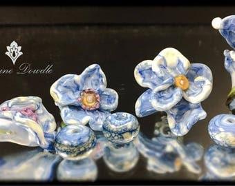 Sculptural wild flowers Lampwork beads set - SRA Lorraine Dowdle