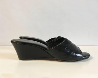 Vintage Shoes 70's Wedge Slides, Black, Mules (Size 7)