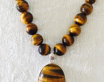 Tigers Eye Necklace - Gemstone Beaded Necklace - Brown and gold - 20 inch necklace