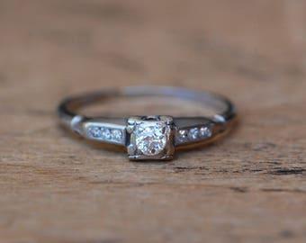 Vintage Art Deco platinum old diamond cut engagement ring