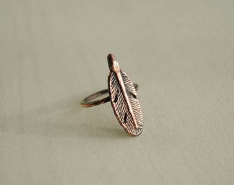 Feather ring, copper feather ring, boho ring, bohemian ring, copper electroformed ring, stacking ring, leaf ring, organic ring