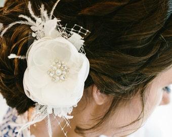 Ivory wedding hair flower Ivory Bridal hair flower Ivory Hair flower clip Wedding hair piece Wedding Hair accessories Wedding headpiece