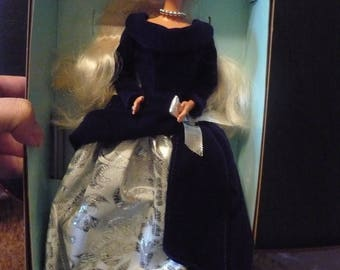 Mattel Avon Winter Velvet BARBIE Special Edition, First in series, Mattel 1990's doll, Vintage Barbie, NIB
