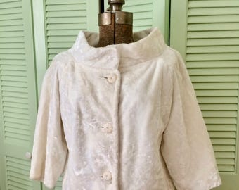 Vintage white  jacket ,crushed velvet,  size S, glamour, gorgeous buttons, short, shawl collar, 3 quarter sleeves