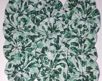 15 Yo Yos -  Green dot yoyos for crafting, hand sewn, Suffolk flower puffs