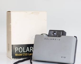 Vintage Polaroid 210 Land Camera With Original Packaging