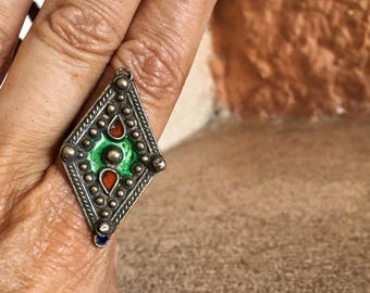 Old Berber Ring with Enamel, US size 10 1/2