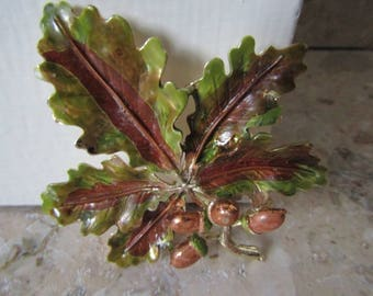 Signed Exquisite Oak Leaf Brooch from the Tree Series