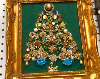 Handmade Vintage Jelery  Christmas Tree Gold Ornate Frame