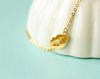 Kiss Necklace, Available in Gold and Silver