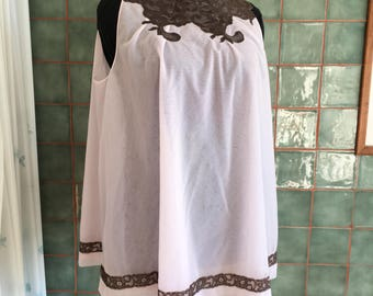 Vintage IMEC babydoll with lace