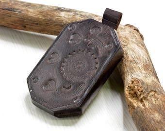 Tuareg Pendant,  leather Pendant, Berber Pendant,amulet ,primitive pendant , African , Ethnic Jewelry Supplies