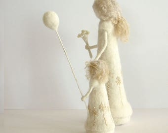 Mother and Daughter Wool Sculpture Needle felted  Mother and Daughter