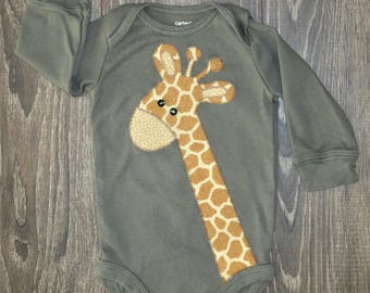 Giraffe bodysuit Gender Neutral - Different colors & sizes to choose from - Ready to mail