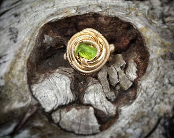 Gemmy Diopside Ring // Vandadian Diopside // 14k Yellow Goldfill // Size 7 // Sexy Ring // Wire Wrapped // Circular // Comfortable/Handmade