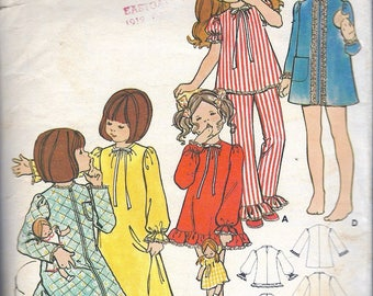"""Vintage 1970's Butterick 5988 Children's & Girl's Nightgown, Pajamas And Robe Sewing Pattern Size 6 Breast 25"""""""