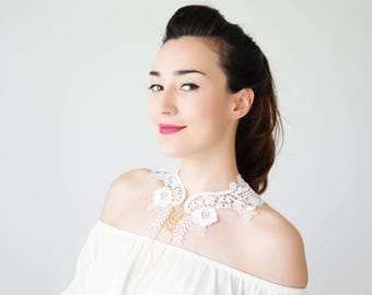 Summer Outdoors Lace Collar White Collar Vintage Collar Statement Necklace Gift For Her Birthday Gift Sister Gift Bridal Collar / VALERIA