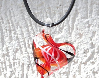 "Lampwork heart pendant necklace on rubber 3 colors: ""My sweety"""