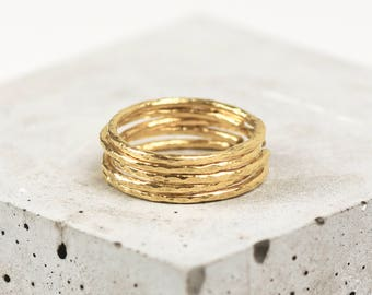 Gold Stacking Ring Set • Gold Hammered Rings • Gold Stackable Rings • Five Stacking Rings • Dainty Gold Ring Set • UK Ring Size L/Adjustable