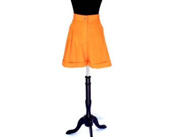 70's vintage orange high waisted pleated Parisian shorts MEDIUM