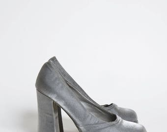 Vintage 90's Silver Fabric Chunky Heel Platform Shoes