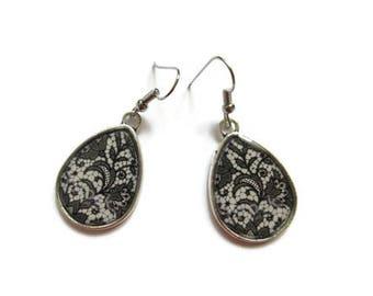 TEARDROP EARRINGS - drop earrings LACE Pattern -black  boho Earrings - Hippie Earrings - black lace Pattern - retro Earrings - vintage