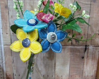 Summer Floral Bouquet, Blue/Yellow Flowers