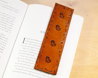 Cat Bookmark, Leather Bookmark, Cat Lovers Gift, Best Friend Gift, Kitten Gifts For Sister, Cat Gift For Girlfriend, Unique Mum Gift, CAB101