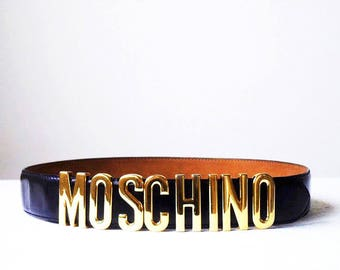 Authentic MOSCHINO Redwall 90s Iconic Signature Logo Glossy Gold Letter Buckle Black Leather Belt ~ Made In Italy > Designer Runway Fashion