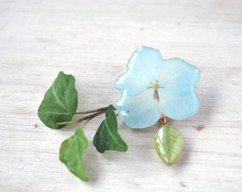 Blue brooch -Flower in resin- Real Hydrangea brooch, pressed flowers, unique resin jewelry - Gift for her, under 20