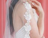 Rivington Veil // A tulle veil with silky, floral lace