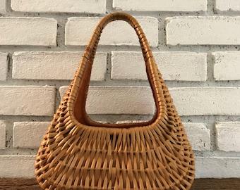 Vintage Wicker Purse. Natural Wicker Basket Purse. Koret Bag. Vintage Basket Handbag. Rattan Purse. Vintage Fashion Accessory. Circa 1960s