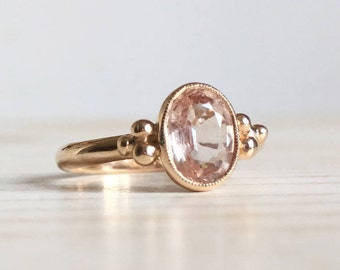 18k red gold ring with pink sapphire - Old style engagement ring