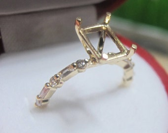 Emerald Cut Diamond Engagement Ring Setting,  Emerald Cut Engagement Ring, Round and Baguette Diamond Ring Setting, Diamond Semi Mount