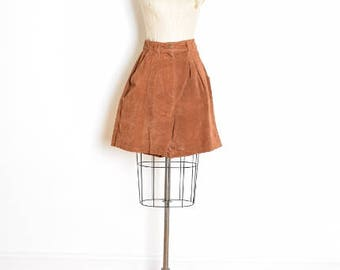 80s leather shorts, vintage 80s shorts, suede shorts, brown leather shorts, high waisted shorts, pleated shorts, mom shorts, brown suede, S