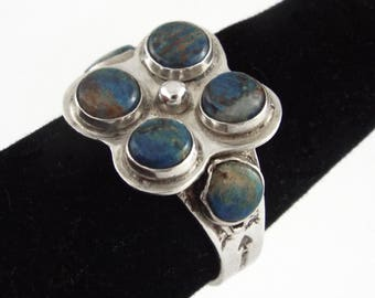 Handcrafted Vintage Sterling Silver Ring w/ Turquoises - Size 9