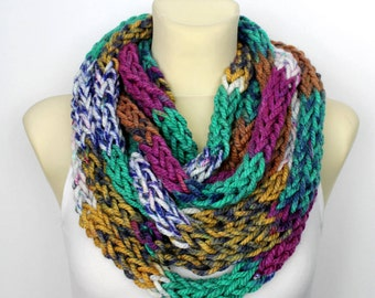 Extra Chunky Loop Scarf - Thick Infinity Scarf - Winter Knit Scarf - Womens Knit Infinity - Chunky chain Scarf - Finger Knit Scarf - Gift
